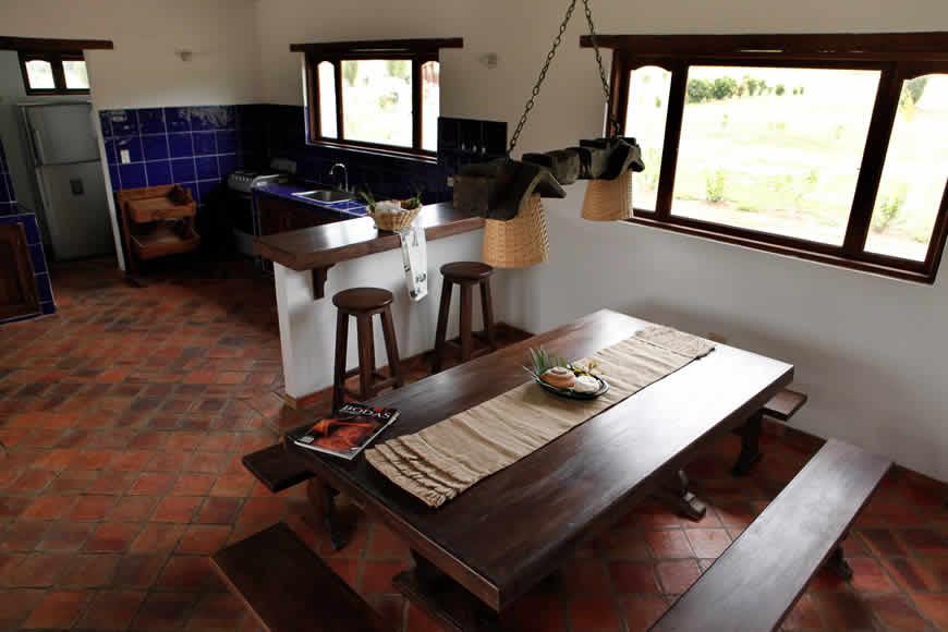 comedor casa san agustín en Villa de Leyva