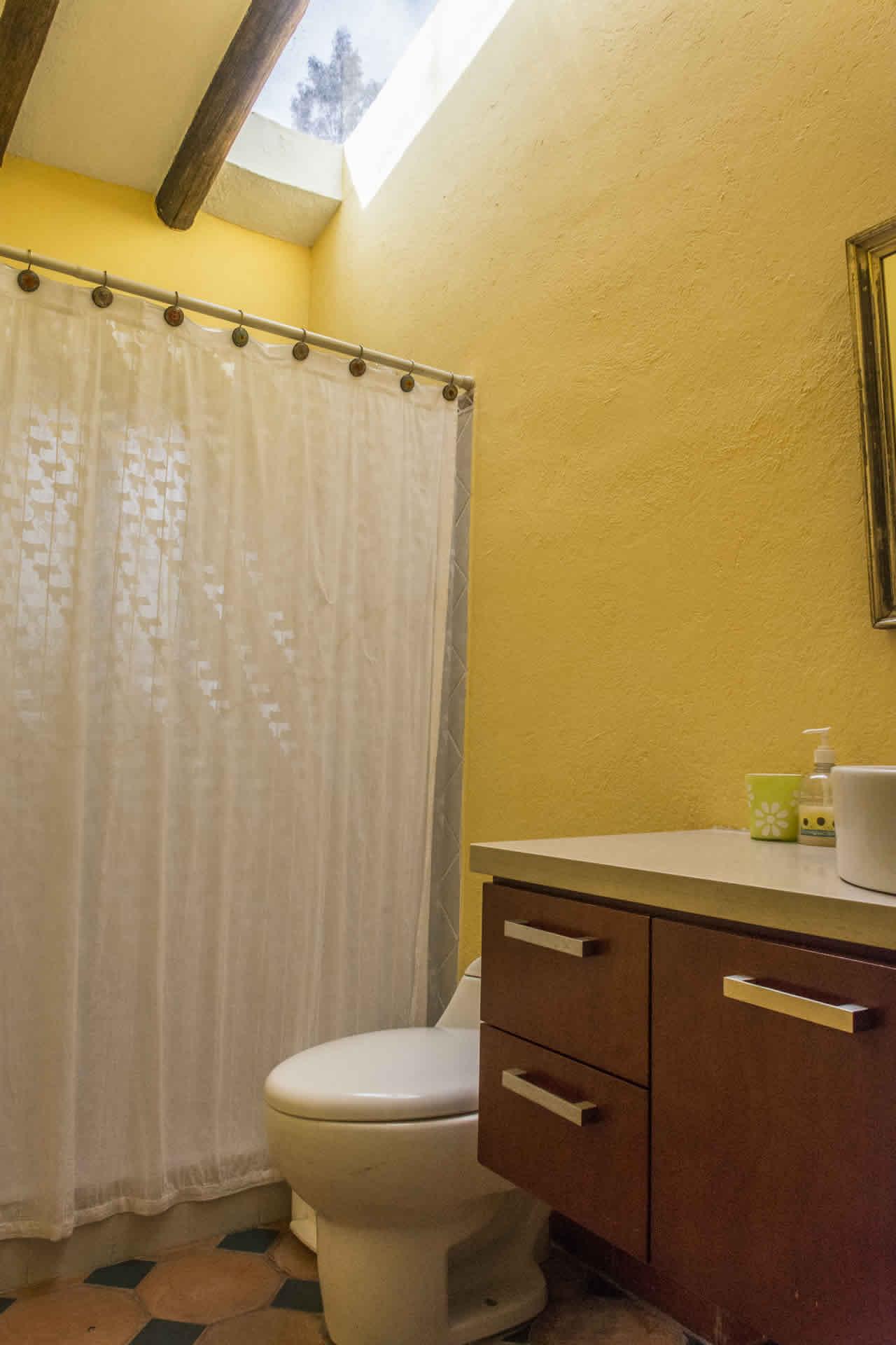 Casa Acanday para alquilar en Villa de Leyva - Baño 1 Piso 2