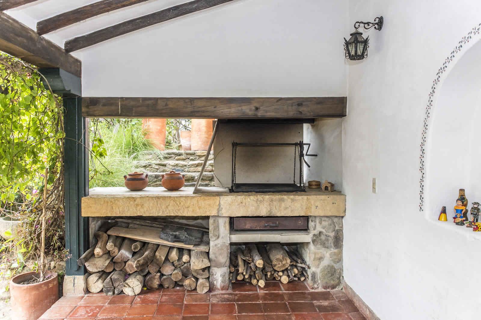 Casa shonsua para alquiler en villa de leyva for La casa del barbecue