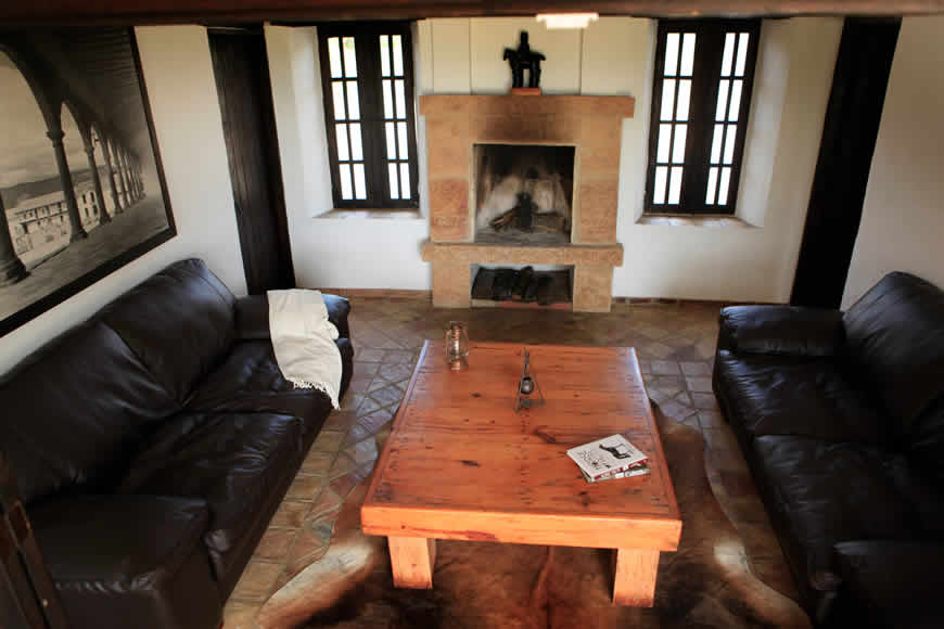 sala casa vieja Villa de Leyva