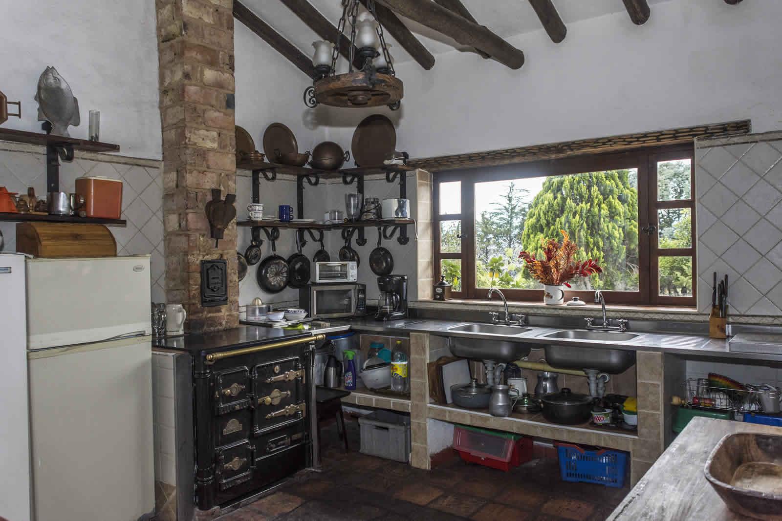 Cocina casa El Pino en Villa de Leyva