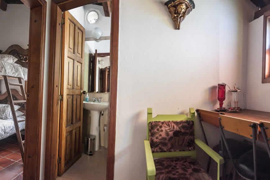 Habitación-estudio casa colina de piedra en villa de leyva
