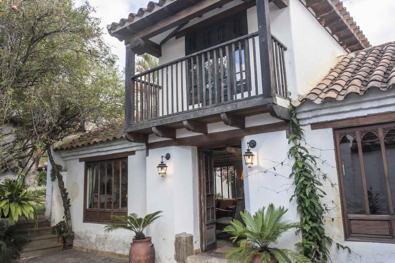 Entrada Casa oasis en el centro de Villa de Leyva
