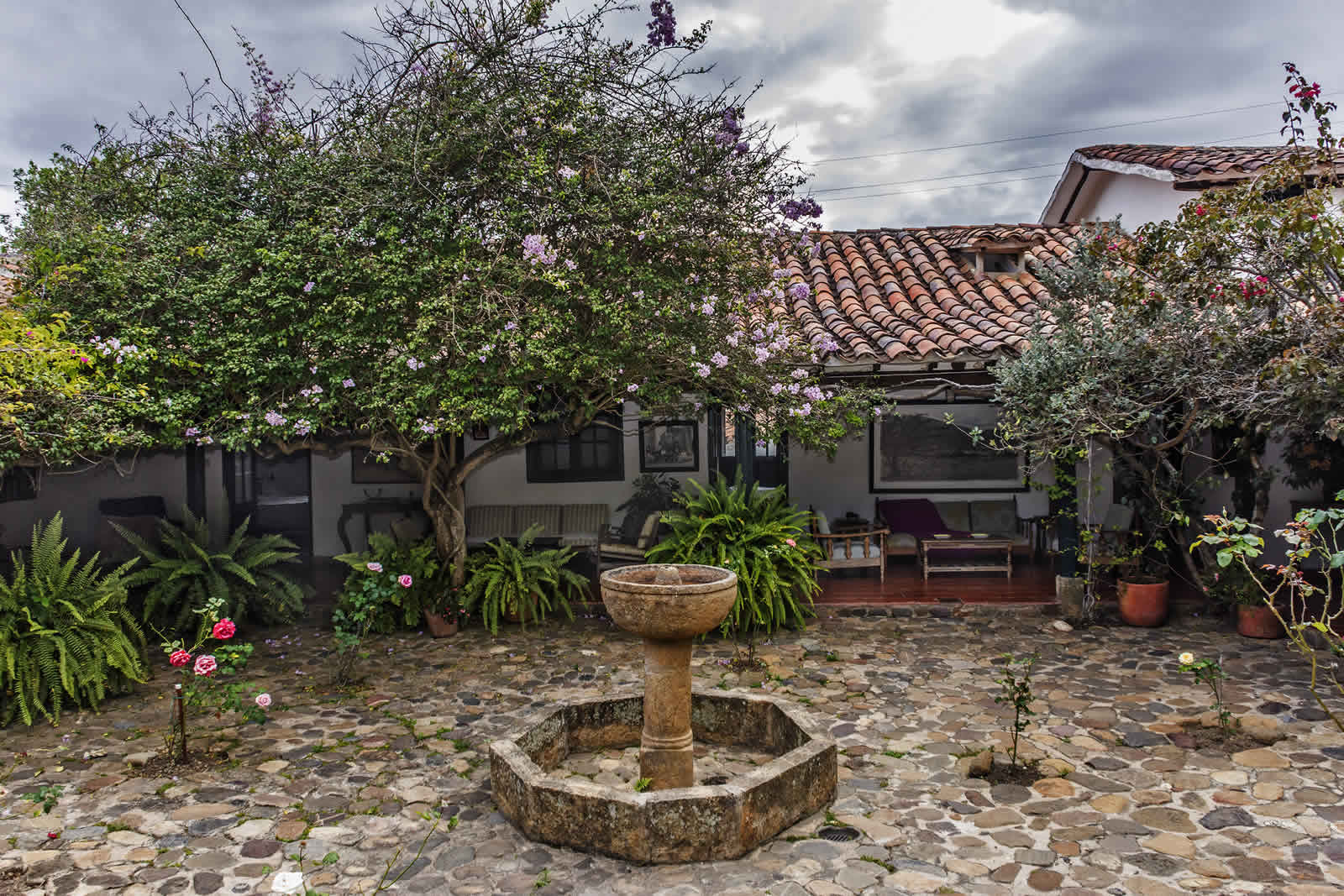 Patio central Shonsua Villa de Leyva