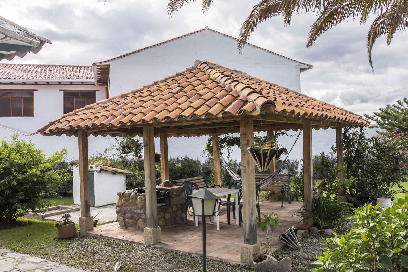 Casa tamoe en villa de leyva for Kioscos para fincas