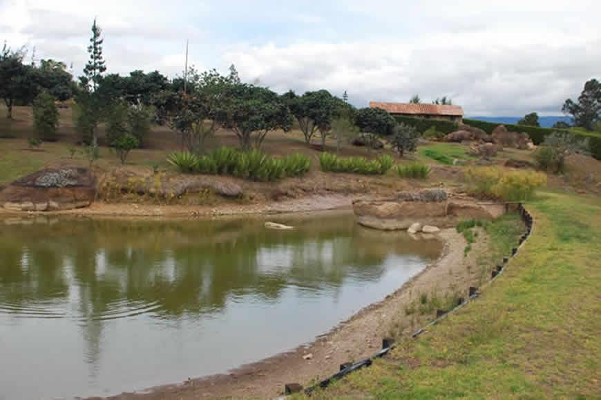 Lago casa loma de los vientos en Villa de Leyva