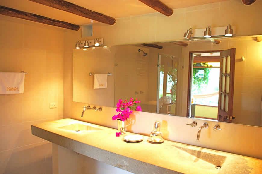 Finca montecatini villa de leyva baño auxiliar