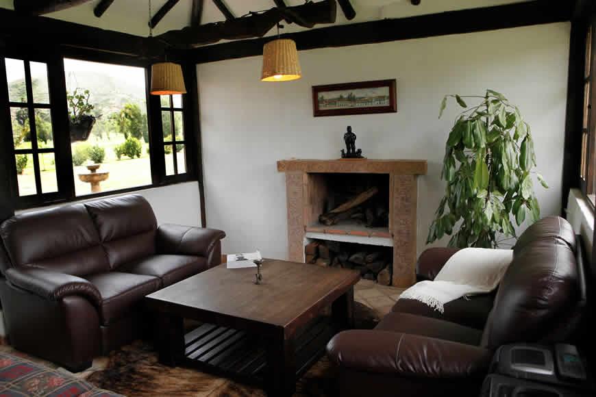 Sala casa del río en Villa de Leyva