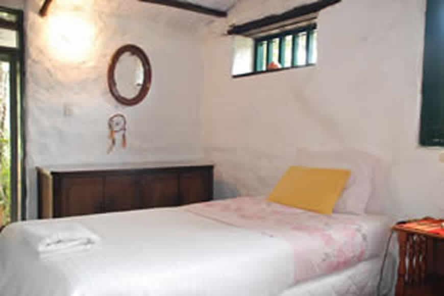 Habitación 3 cabaña la rupa en Villa de Leyva
