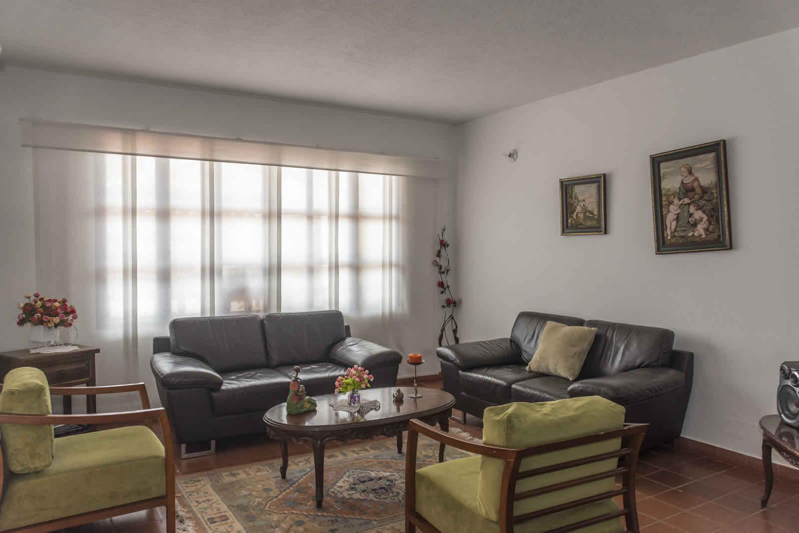Sala casa rosa Villa de Leyva
