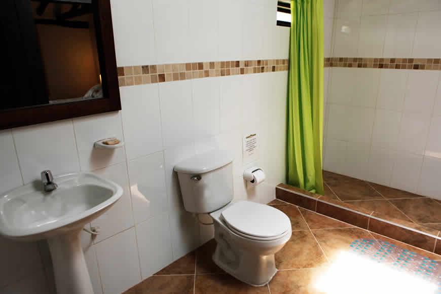 Baño cabaña de Verano Villa de Leyva