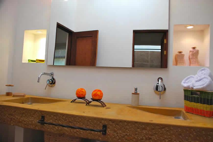 Baño casa del viento en Villa de Leyva