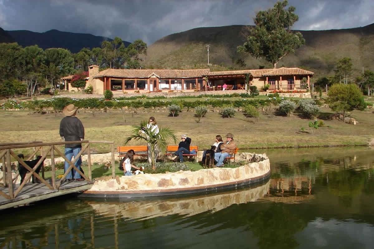 Lago finca ghivitzzano Villa de Leyva