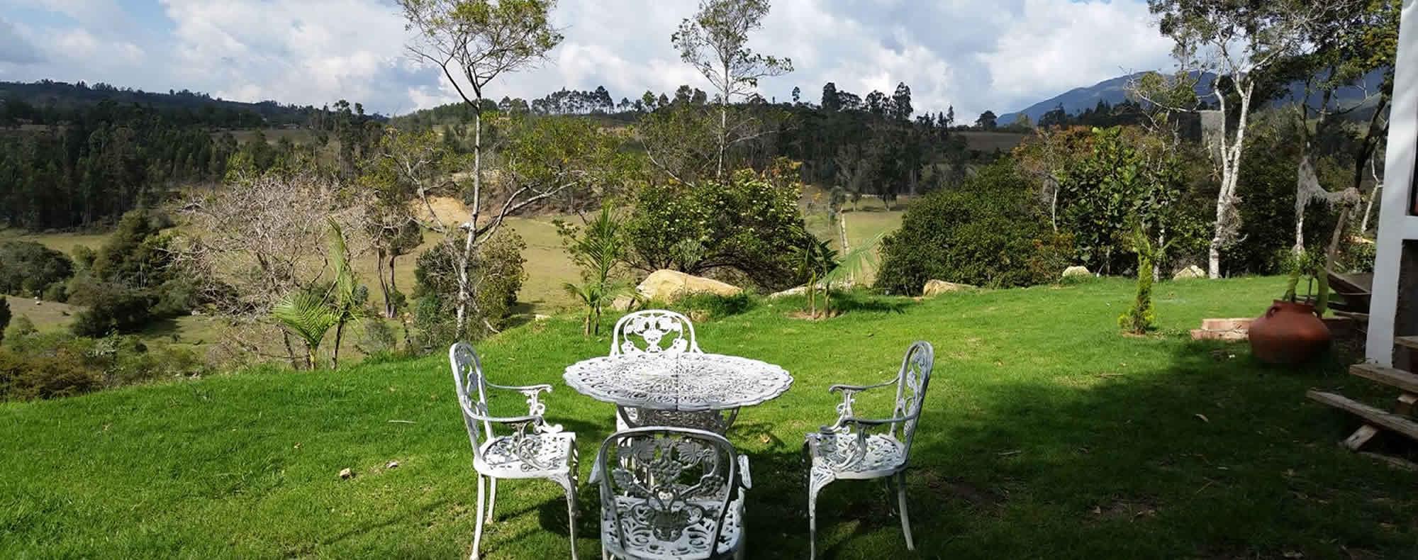 Zonas verdes casa El Paraíso en Villa de Leyva