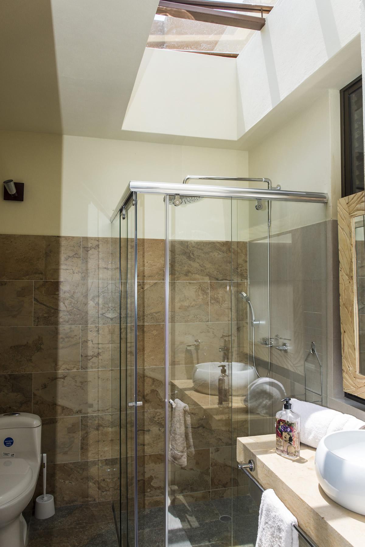 baño Habitaciónn principal de la casa ecce homo villa de leyva