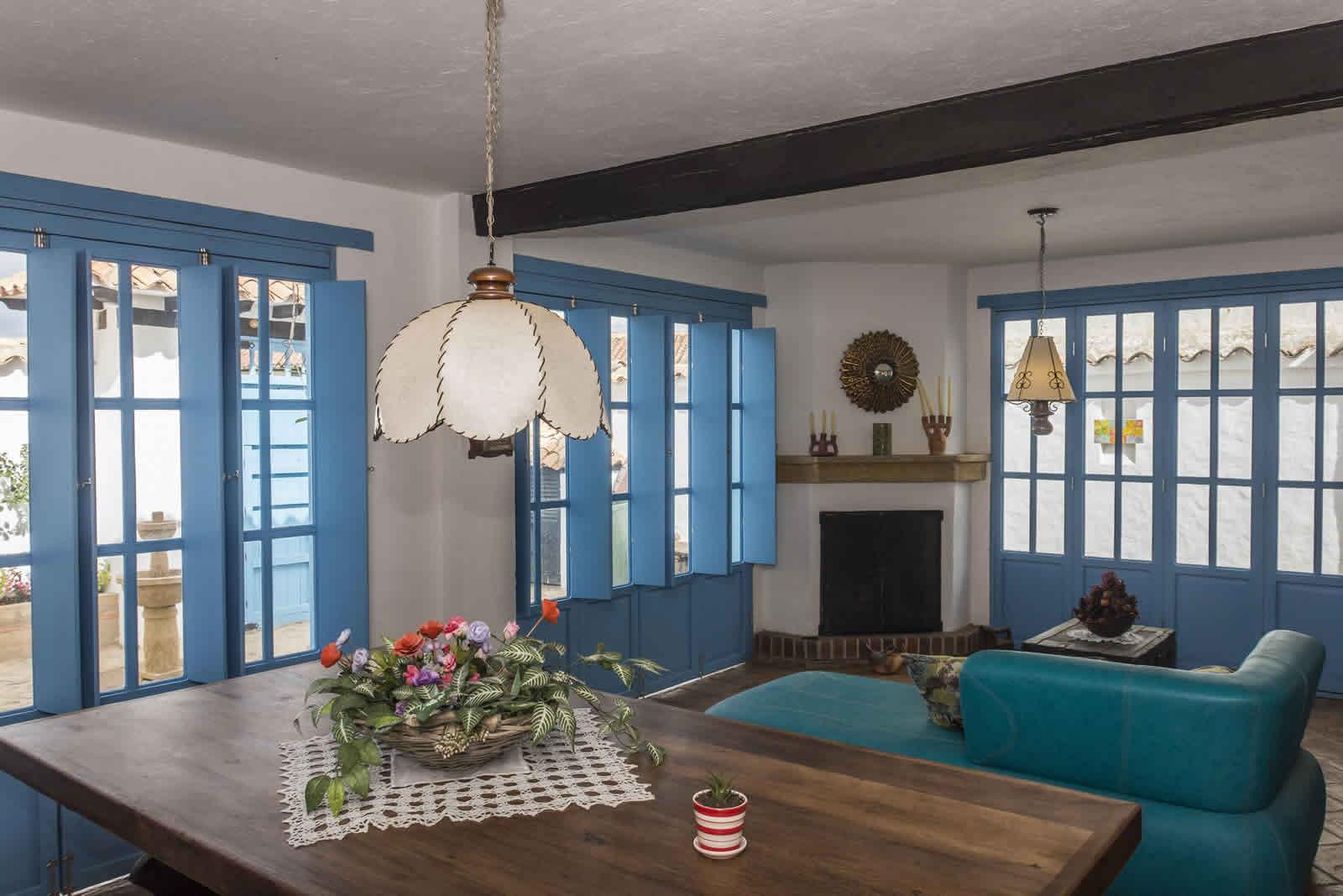 Alquiler Casa Azul en Villa de Leyva Comedor