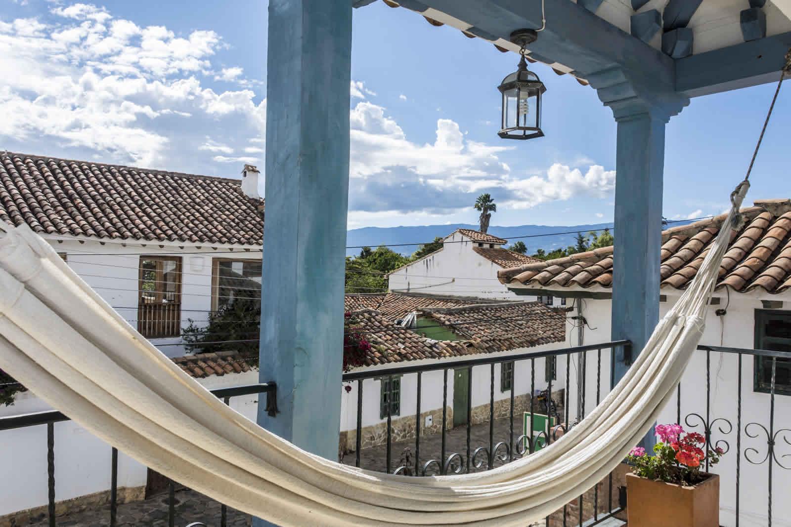 Alquiler casa Tulato Villa de Leyva balcón