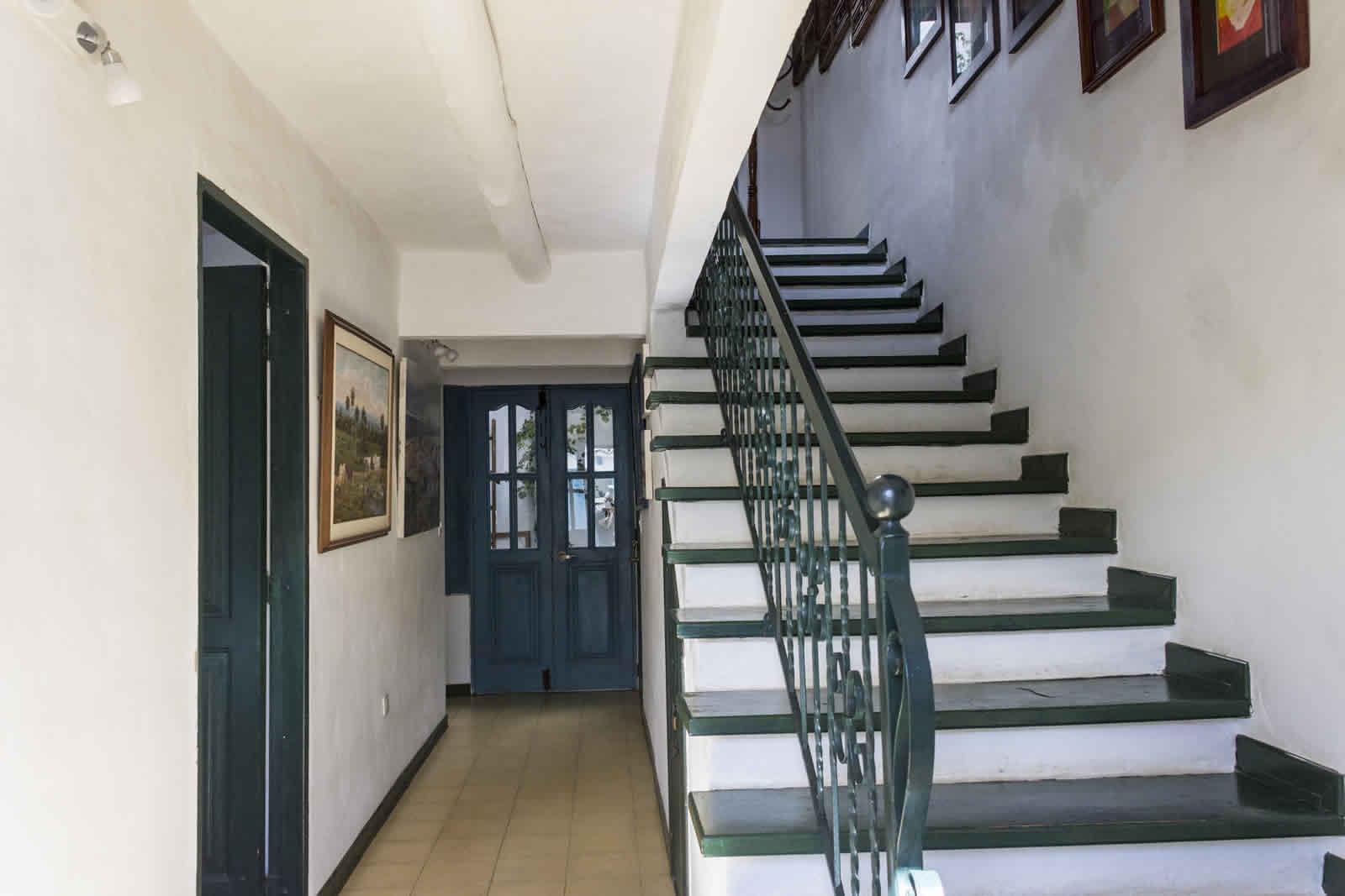 Alquiler casa Tulato Villa de Leyva pasillo de entrada