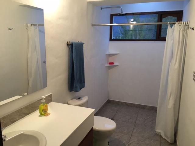Alquiler casa El Silencio en Villa de Leyva baño