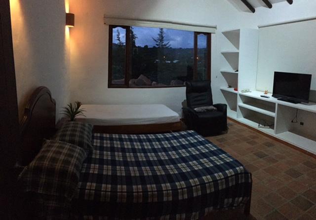 Alquiler casa El Silencio en Villa de Leyva habitación principal