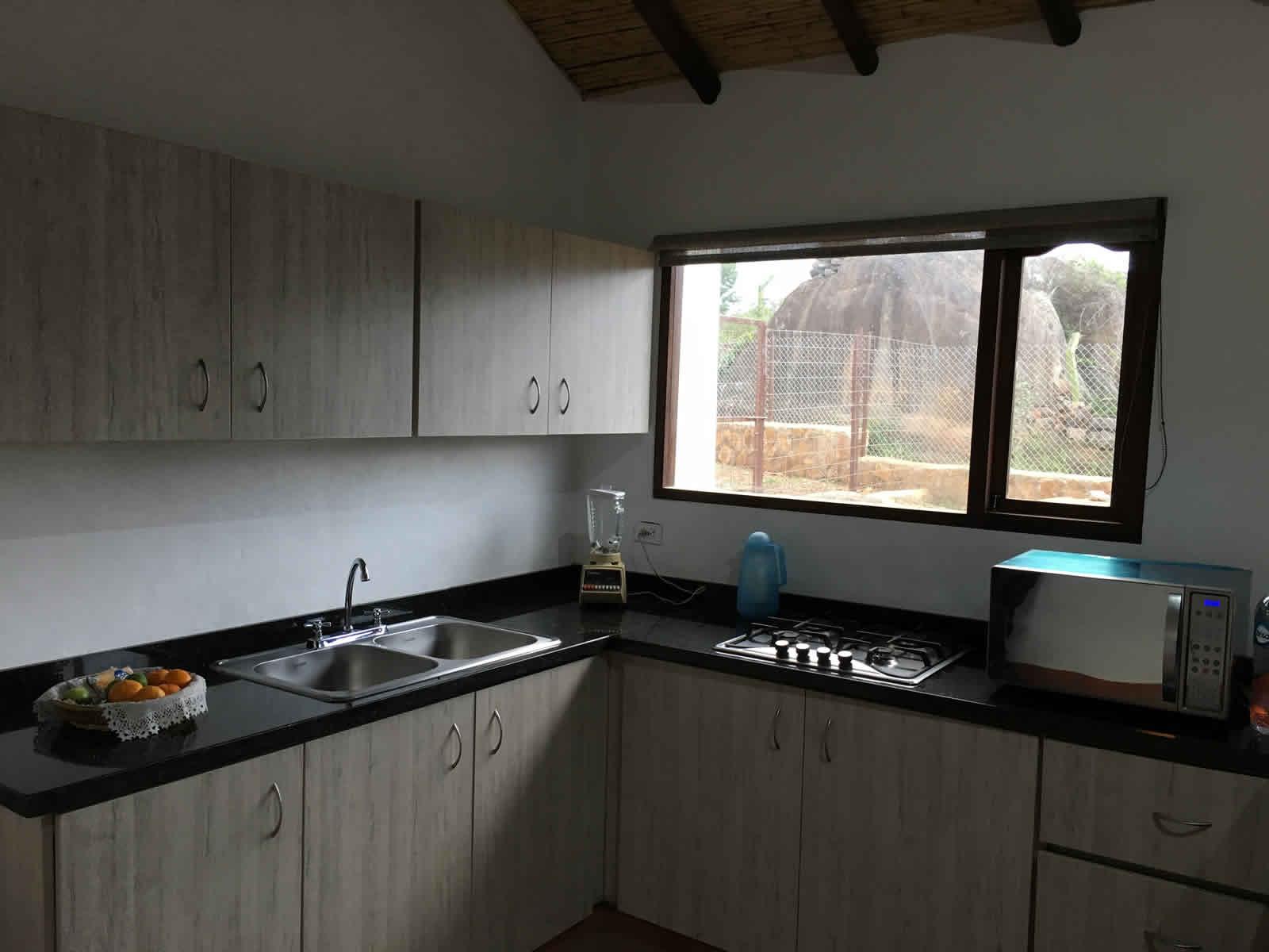 Alquiler casa El Silencio en Villa de Leyva - cocina