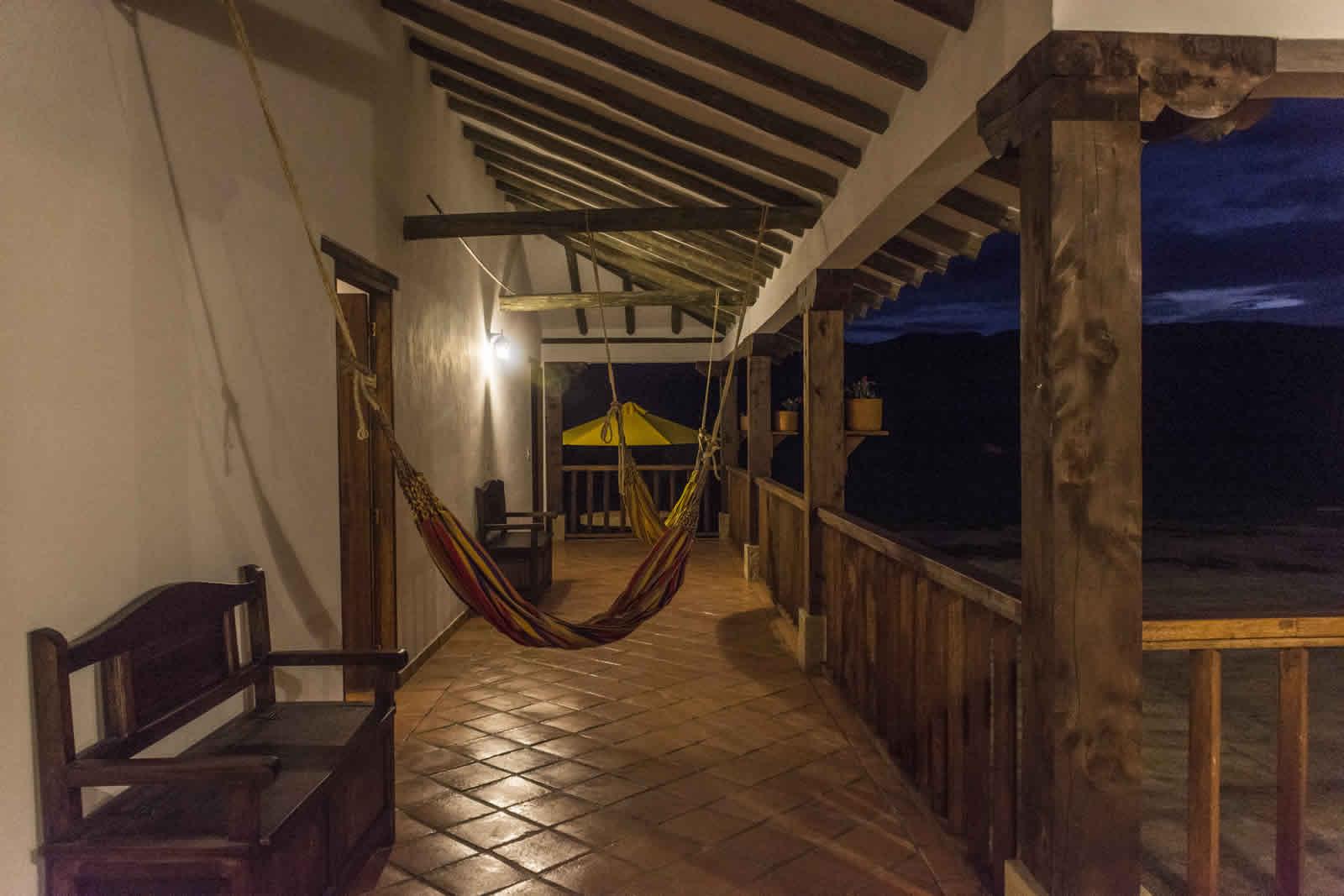 alquilAlquiler casa de Ritoque en Villa de Leyva - Pasillo