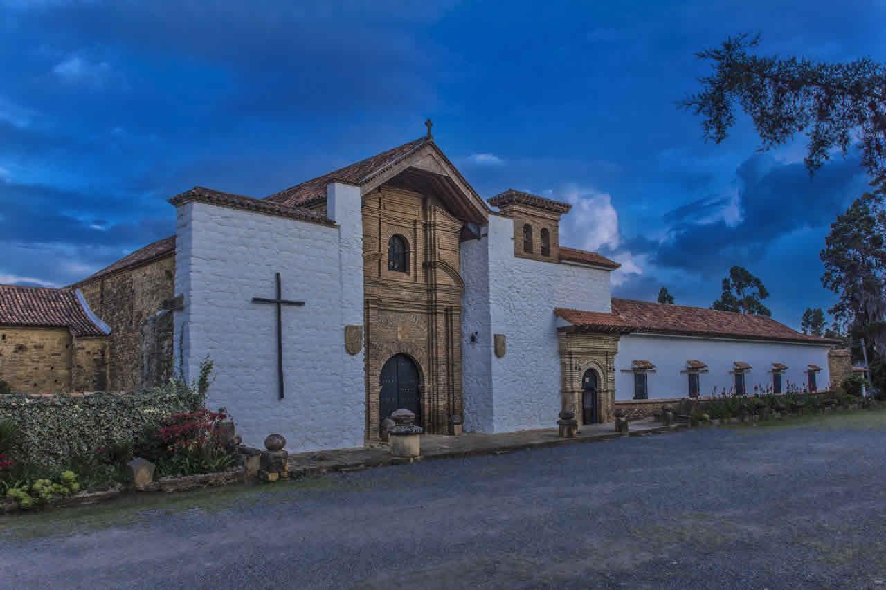 Fachada del convento Santo Ecce-Homo de Villa de Leyva