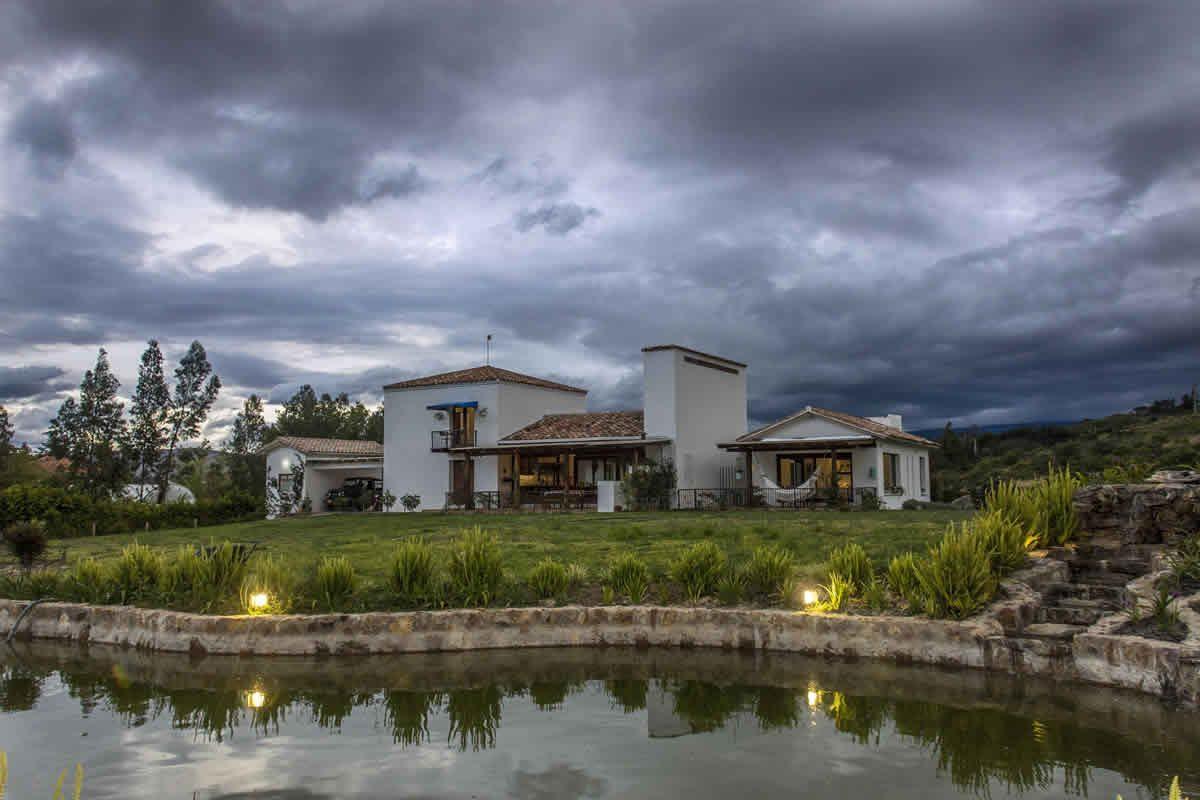 alAlquiler Casa jardín de los ángeles en Villa de de Leyva - Fachada